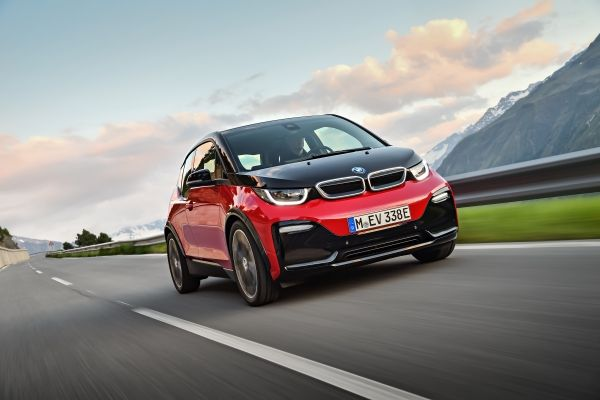 new-2018-bmw-i3-first-ever-bmw-i3s
